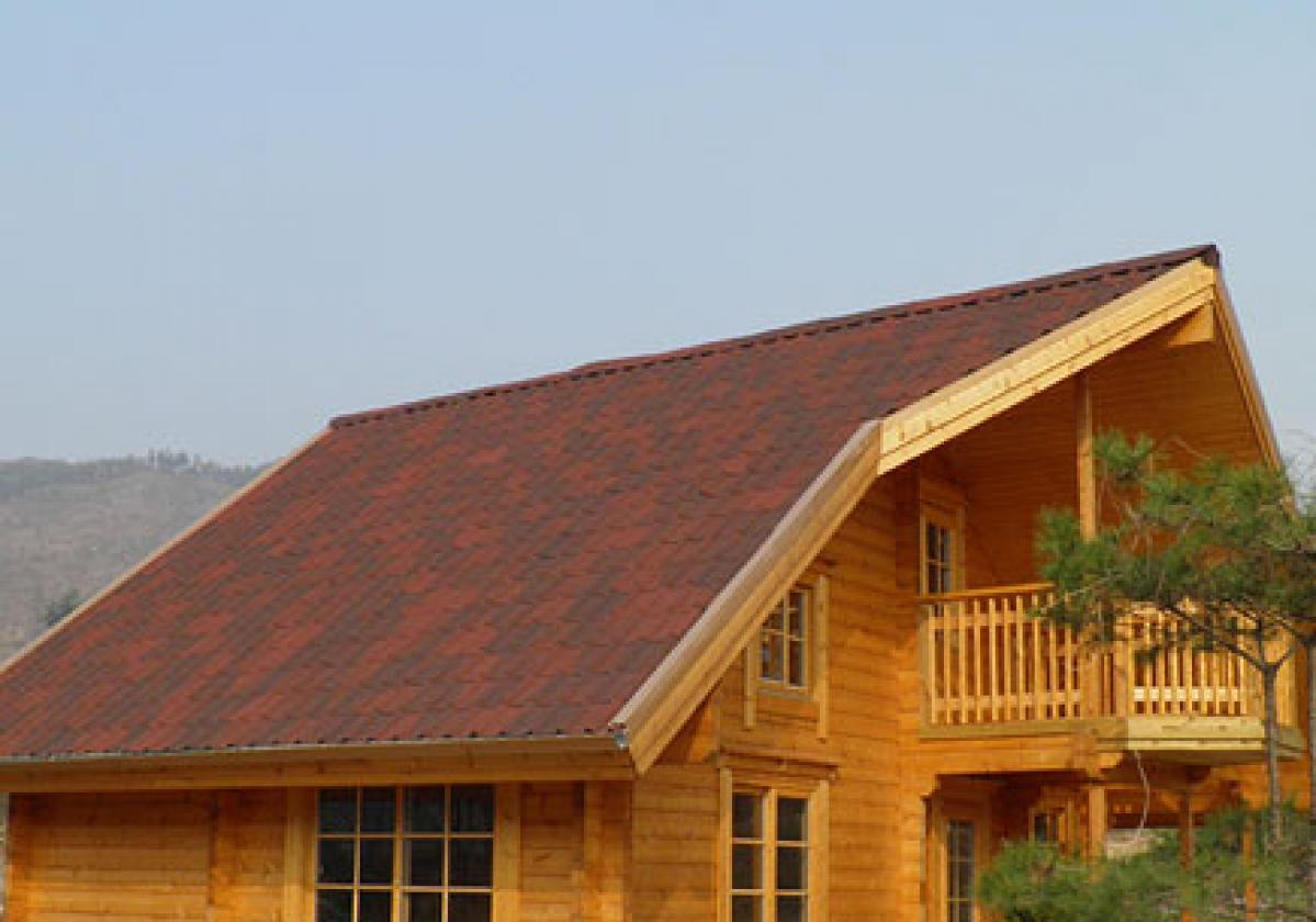 Drvena kuća sa Onduvilla pločama